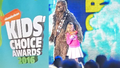 Kids Choice Awards Sloane Moriarty Actress Model 525 406x229 1